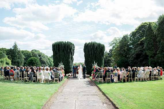 Gloster House - Outdoor Wedding Ceremony